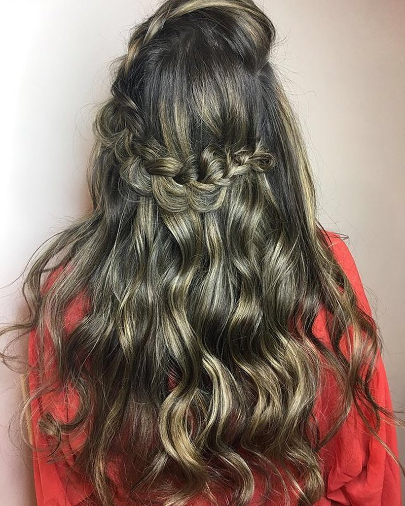 https://salon718.com/wp-content/uploads/2019/04/Brooklyn-Extensions-03.jpg