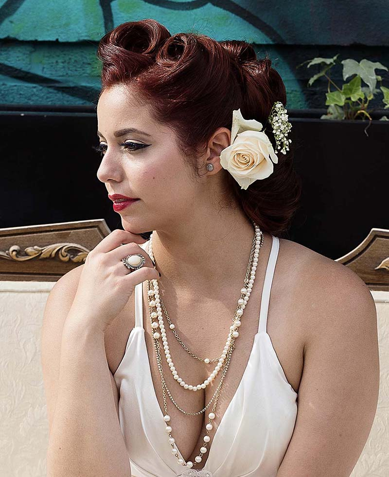 https://salon718.com/wp-content/uploads/2019/05/Brooklyn-Bridal-Hair-06.jpg